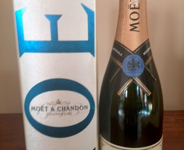 champagne Moet1