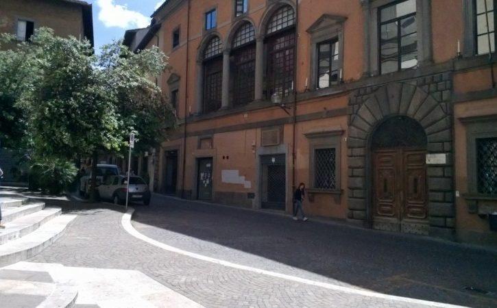 Via Saffi 51 piazza fani